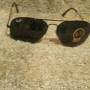 RB3025 RayBan Black on Black NEW